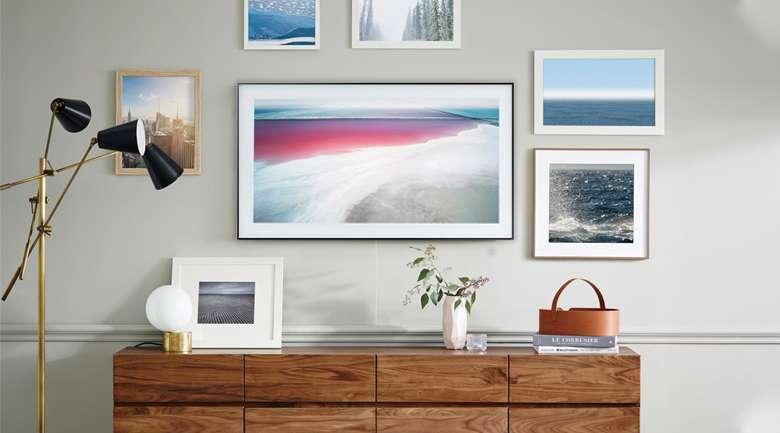 Thiết kế màn hình phẳng, dạng khung tranh hiện đại - Smart Tivi Khung Tranh QLED Samsung 4K 55 inch QA55LS03R