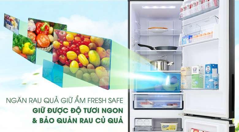 Ngăn giữ ẩm Fresh Safe - Tủ lạnh Panasonic Inverter 322 lít NR-BV360GKVN